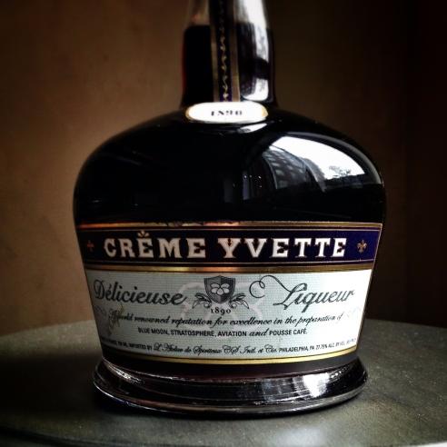 Creme Yvette